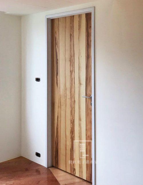 將虎藝術門木門-橄欖木-2
